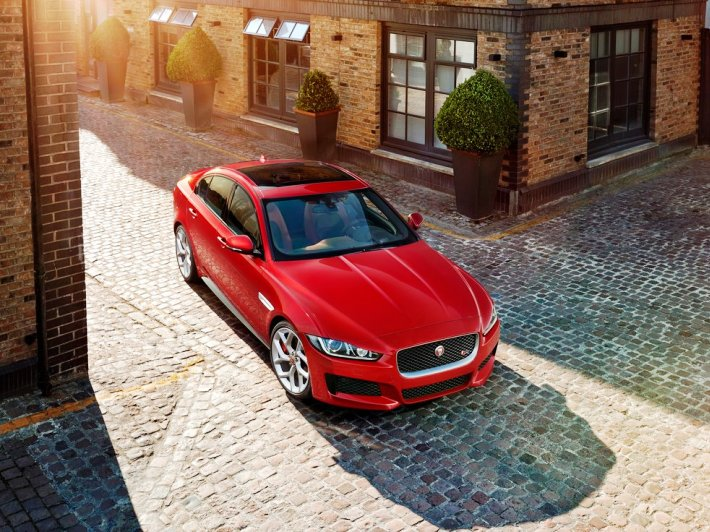 Jaguar XE 2015 (+video)