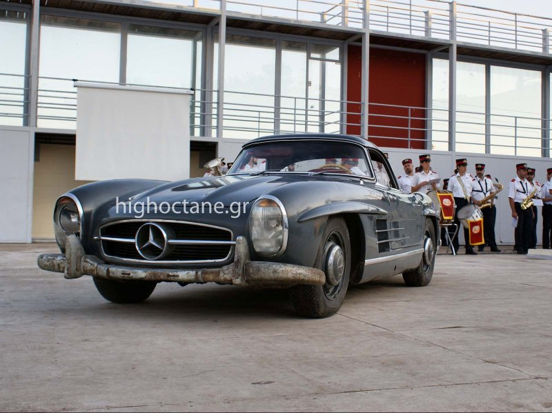 Στις 405.000€ η Mercedes-Benz 300SL Roadster