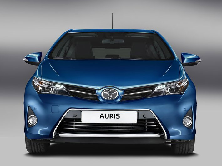Toyota Auris 2013 (+ video)