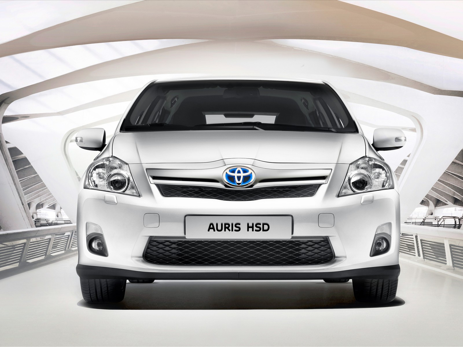 Toyota Auris HSD (+video)